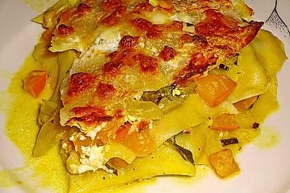 vegetarische k rbis mangold lasagne rezept mit bild. Black Bedroom Furniture Sets. Home Design Ideas