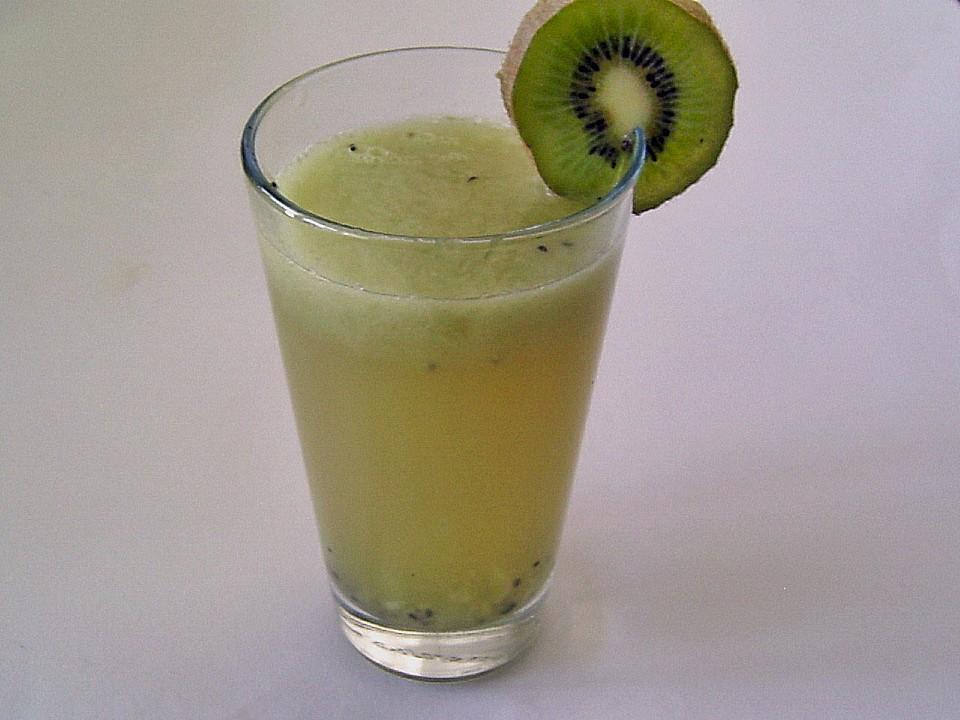 Kiwi apfel cocktail von pralinchen for Cocktail kiwi