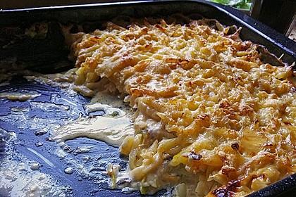 Putenschnitzel in Käse - Lauch - Sauce mit Rösti überbacken 2