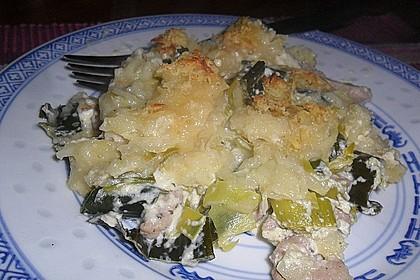 Putenschnitzel in Käse - Lauch - Sauce mit Rösti überbacken 4