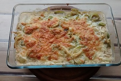 Putenschnitzel in Käse - Lauch - Sauce mit Rösti überbacken 5