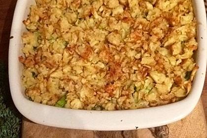 Putenschnitzel in Käse - Lauch - Sauce mit Rösti überbacken 7