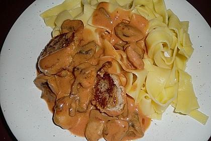 Schweinefilet mit Pilzen und Tagliatelle 4