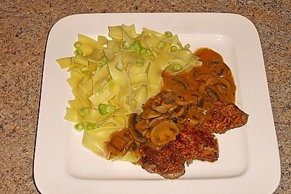Schweinefilet mit Pilzen und Tagliatelle 3