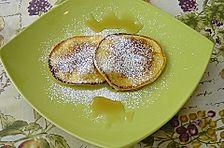 Pancakes mit Kürbispüree und karamellisierten Walnüssen
