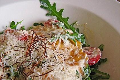 Ravioli mit Ricotta - Rucola - Soße