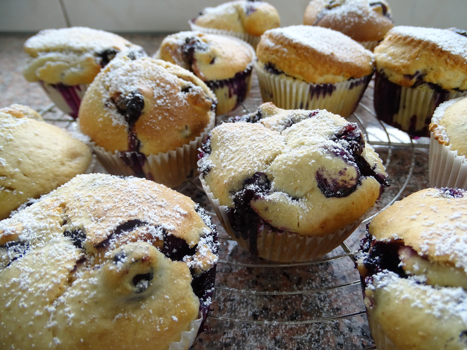 blueberry zitronen muffins rezept mit bild von pumpkin pie. Black Bedroom Furniture Sets. Home Design Ideas
