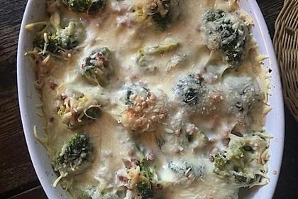 Nudel - Brokkoli - Auflauf mit Speck 4