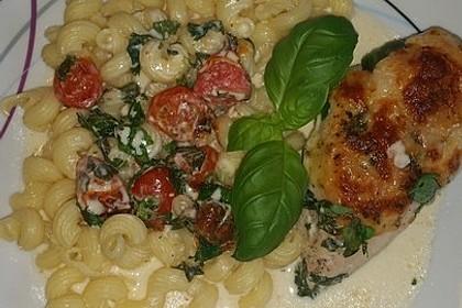 Mozzarella - Hähnchen in Basilikum - Sahnesauce 96