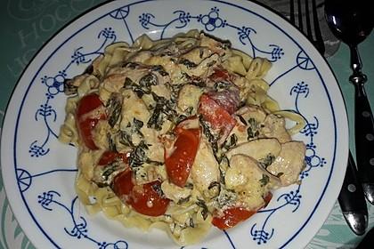 Mozzarella - Hähnchen in Basilikum - Sahnesauce 91