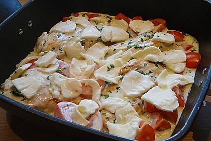 Mozzarella - Hähnchen in Basilikum - Sahnesauce 238