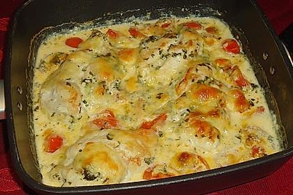 Mozzarella - Hähnchen in Basilikum - Sahnesauce 110