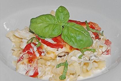 Mozzarella - Hähnchen in Basilikum - Sahnesauce 157