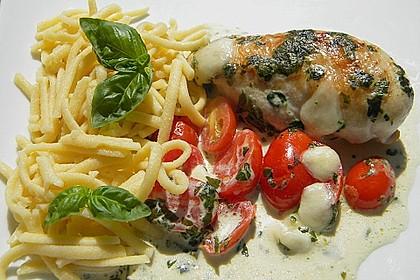Mozzarella - Hähnchen in Basilikum - Sahnesauce 21