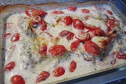Mozzarella - Hähnchen in Basilikum - Sahnesauce 239
