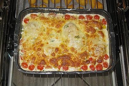 Mozzarella - Hähnchen in Basilikum - Sahnesauce 254