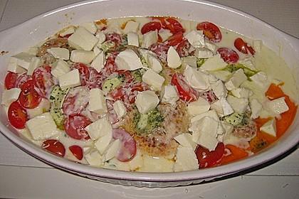 Mozzarella - Hähnchen in Basilikum - Sahnesauce 253