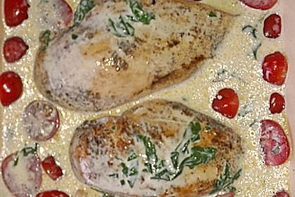 Mozzarella - Hähnchen in Basilikum - Sahnesauce 333