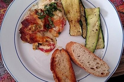Mozzarella - Hähnchen in Basilikum - Sahnesauce 230