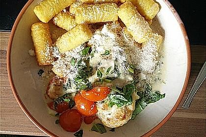 Mozzarella - Hähnchen in Basilikum - Sahnesauce 176