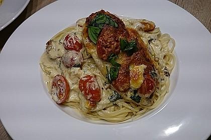 Mozzarella - Hähnchen in Basilikum - Sahnesauce 42