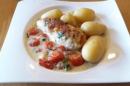 Mozzarella - Hähnchen in Basilikum - Sahnesauce 45