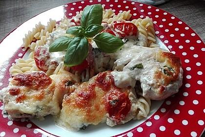 Mozzarella - Hähnchen in Basilikum - Sahnesauce 59