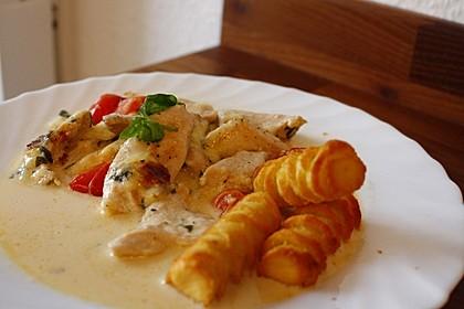 Mozzarella - Hähnchen in Basilikum - Sahnesauce 27