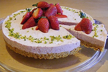 Erdbeer - Torte mit Knusperboden 1