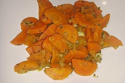 Vegetarische Möhren - Zwiebelpfanne 1
