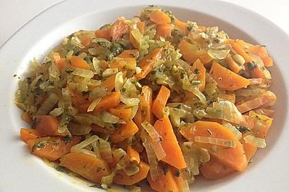 Vegetarische Möhren - Zwiebelpfanne 3