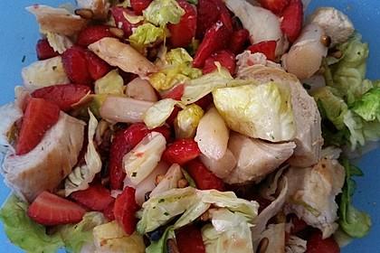 Spargel - Erdbeer - Salat mit Hähnchenbrustfilet 3