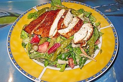 Spargel - Erdbeer - Salat mit Hähnchenbrustfilet 4