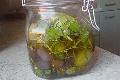 """Eingelegte Oliven """"provenzalische Art"""""""