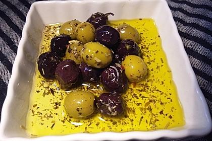 """Eingelegte Oliven """"provenzalische Art"""" 12"""