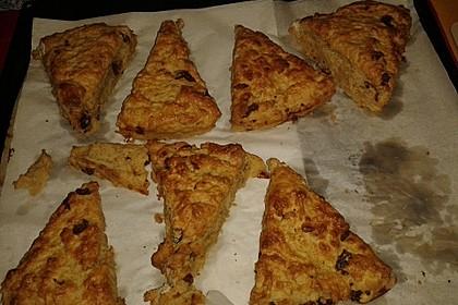 Scones mit Aprikosen und Frischkäse 5