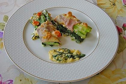 Spargel überbacken, mit Tomate und Spinat 18