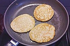 Buttermilch - Pancakes mit Blaubeeren