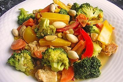 Hähnchen-Gemüse-Kokospfanne