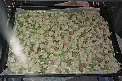 Rhabarberkuchen mit Vanillestreusel 9