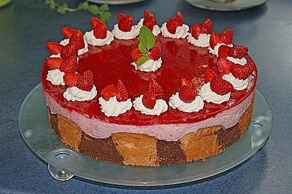 Erdbeercreme -Torte 9
