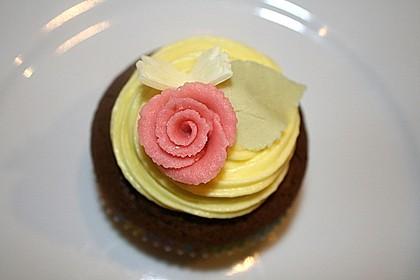 Raffaelo Cupcakes 10