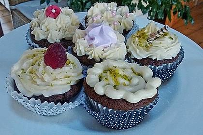 Raffaelo Cupcakes 16