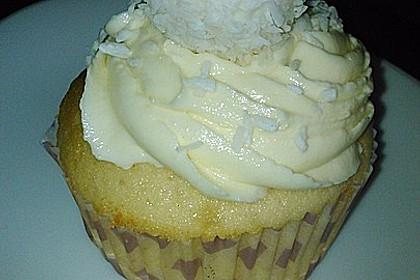 Raffaelo Cupcakes 42