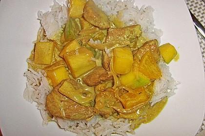 Putengeschnetzeltes auf Mango - Curry - Reis