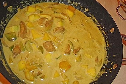 Putengeschnetzeltes auf Mango - Curry - Reis 2
