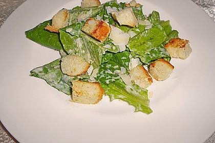 Klassischer Caesar - Salat