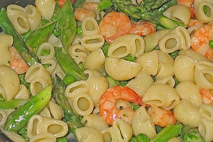 Pasta mit Spargel und Garnelen 3