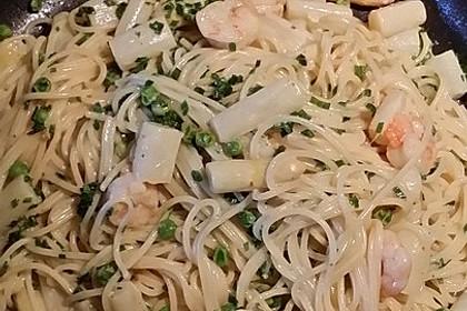 Pasta mit Spargel und Garnelen 8