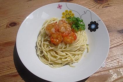 Zitronenspaghetti mit Kräutergarnelen 16